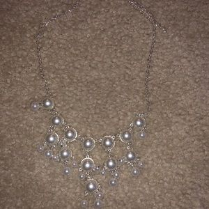 Jewelry - Pearl Accent Neacklace